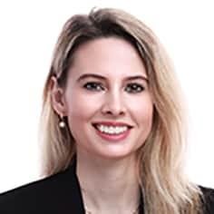 Dr. Zoe Vazquez